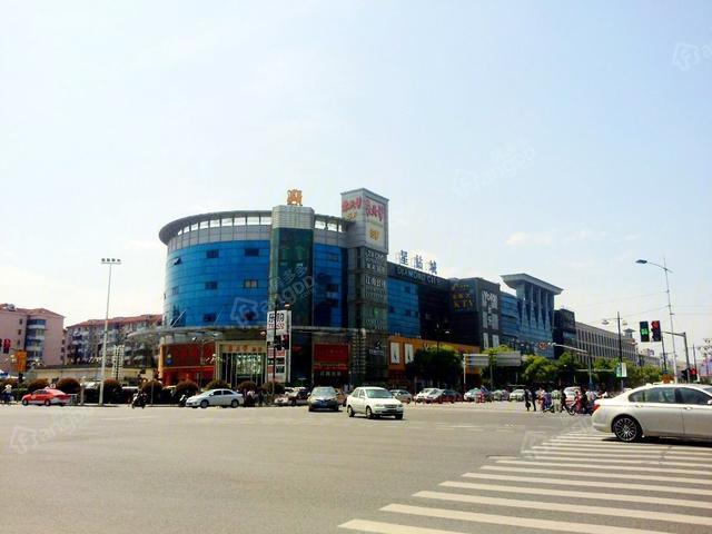 配套齐全,交通便利 万科虹桥云商铺是留在上海的最佳之选