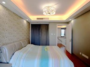金泊林公寓 4室2厅2卫