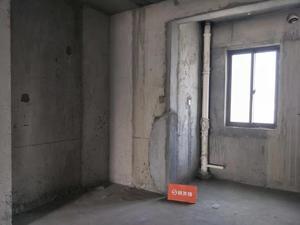 香苑东园 4室2厅2卫