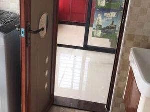 宝龙城市广场 1居 南北通透 电梯房