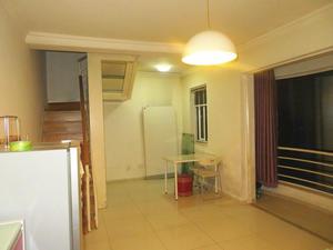 珠江绿洲 1室2厅2卫