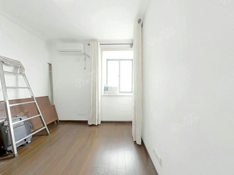 川杨新苑四期 3居 南北通透 电梯房 满五唯一