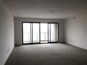 4室2厅4卫