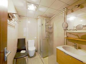 徐家汇花园 3居 朝南北 电梯房 靠近地铁 满五唯一