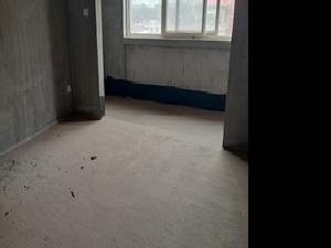 颐和盛世 3居 朝南北 电梯房