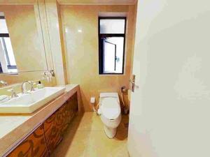 合生江湾国际公寓 2居 朝南 电梯房 靠近地铁