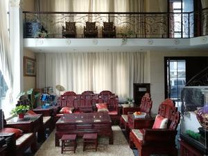 环岛翡翠湾 5室2厅4卫