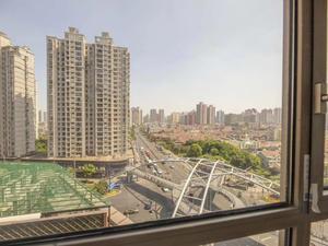 香港名都 3居 朝南 电梯房 靠近地铁
