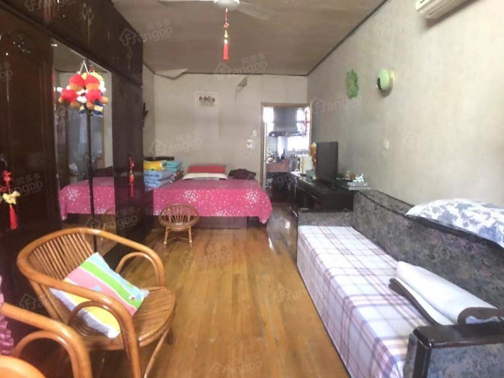 上南四村 1居 室