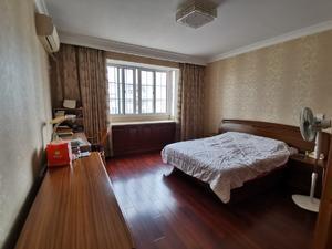 4室2厅1卫