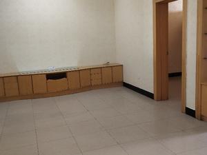光明小区 3室2厅1卫