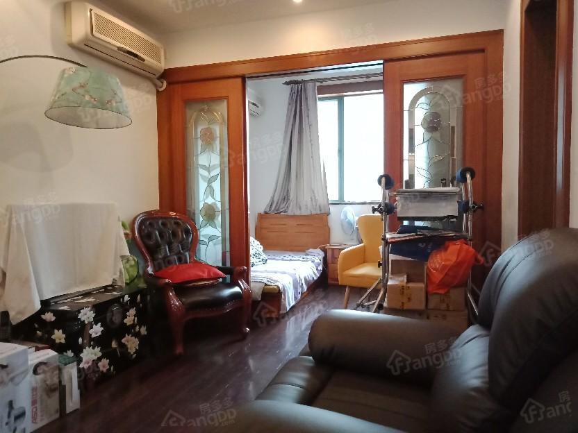 黄浦新苑(公寓) 3室 2厅 2卫 南北 1150.00万