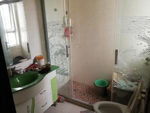 红梅雅苑 3室2厅2卫