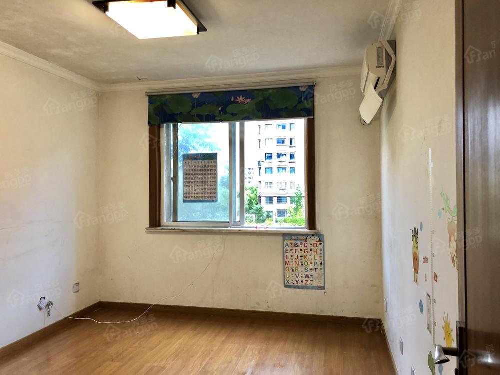 虹浦新城 地铁浦江线附近 仅有不多的商品房