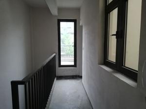 4室1厅3卫