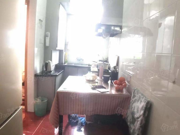 上南四村 1居 厅