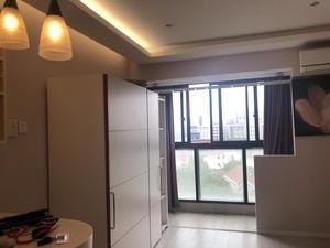 旭辉浦江国际广场(酒店式公寓) 1居 朝西 电梯房 靠近地铁 满五唯一