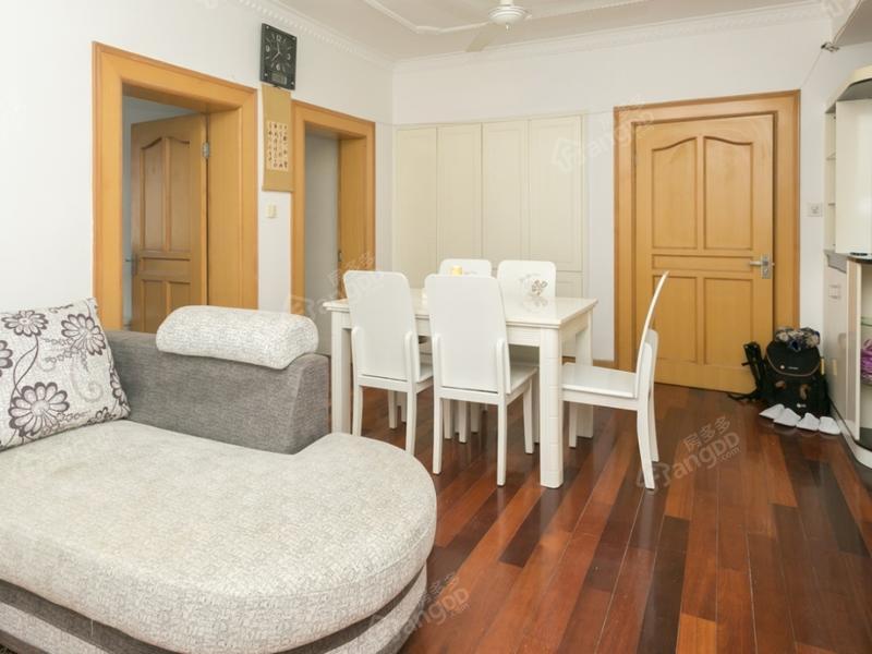 万寿新村(金山) 2室2厅1卫
