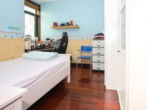圣约翰名邸 4室2厅3卫