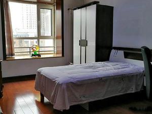 米兰阳光 4室2厅1卫