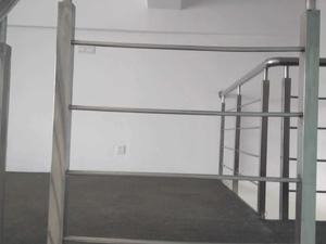曹安国际鞋城公寓 1室1厅1卫