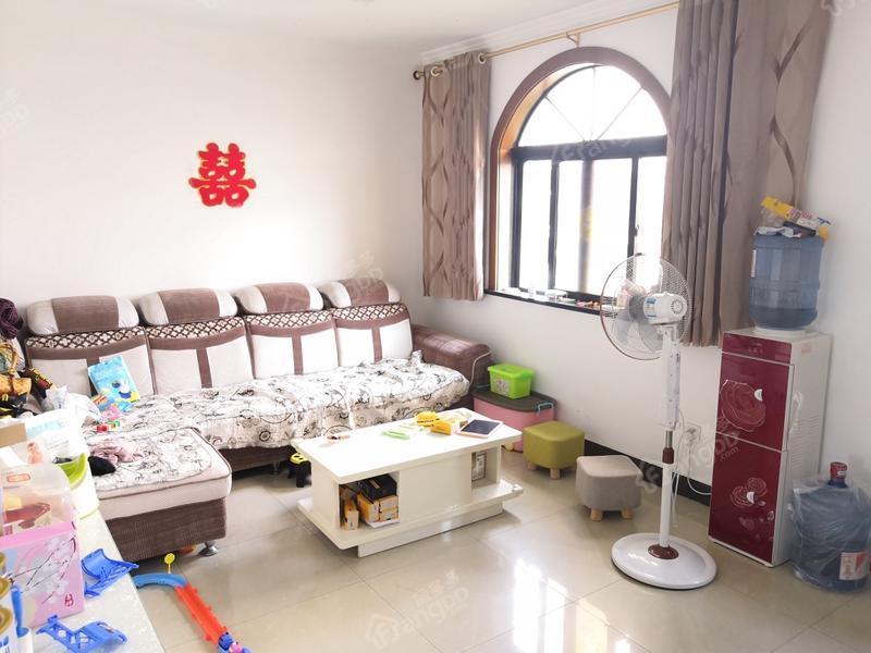 江海二村 3居 厅