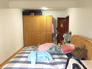 绿洲公寓 3室1厅1卫