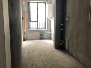 云府158 3居 朝东南 电梯房